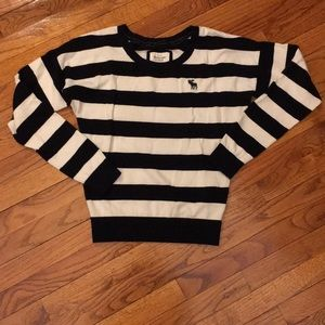 Striped A&F Large long sleeves sweater